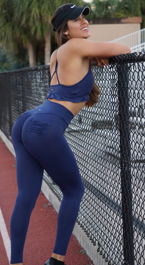 Scrunch booty pocket legging