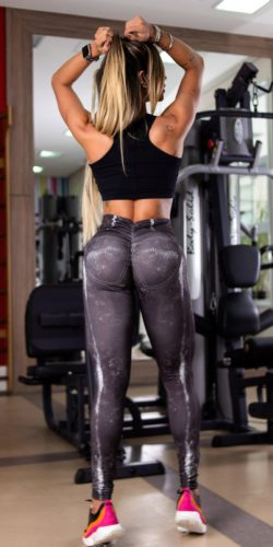 scrunch bum gym leggings